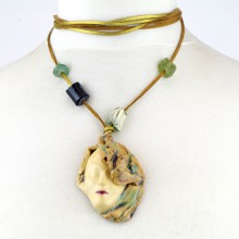 IDALIA wisior ceramiczny maska